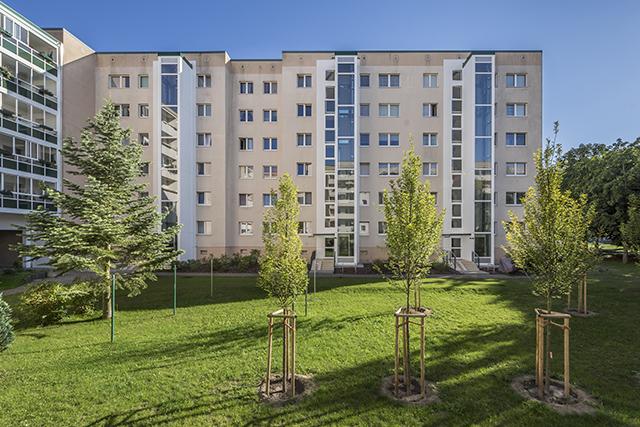 Architekturbeton, Betonfertigteile, Aufzugsanlagen, Trusetaler Strasse 47-55 Berlin